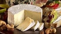 Несколько фактов о возникновения сыра